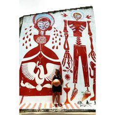 Belezuras! #8meses #gravida #pregnant #maternidade #gravidez #pregnancy #becodobatman #graffiti #igersbrasil #igerssaopaulo #vilamadalena #red #fotografosp #fotodegravida #mostraeunobeco
