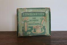 Vintage Incomplete Cake Decorating Kit | Etsy Cake Decorating Kits, Etsy, Vintage