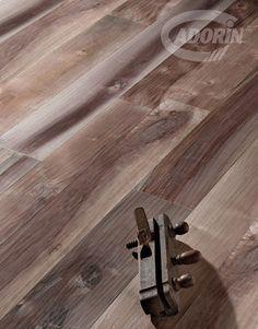 Wood flooring - Hardwood floor - Old Noghera Bark - European Walnut Floor - Parquet in legno - Vecchia Noghera Corteccia - Pavimento Noce Europeo