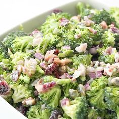 This simple 10 minute Healthy Broccoli Salad is so easy to whip together for your summer barbecue or potluck and is loaded with flavor! appetizers for potluck HEALTHY BROCCOLI SALAD Brocolli Salad, Healthy Broccoli Salad, Healthy Salads, Healthy Recipes, Clean Eating Snacks, Healthy Eating, Gluten Free Puff Pastry, Healthy Appetizers, Summer Recipes