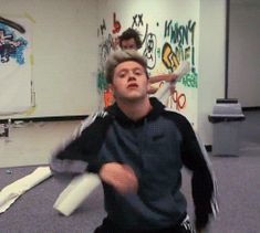 Niall's dancing is just like my dancing. | The 33 Best Things That Happened On 1D Day