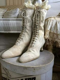 Gorgeous Victorian Boots
