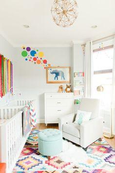 Colorful twin nursery: Photography & Design: Gromeza - http://www.gromeza.com/