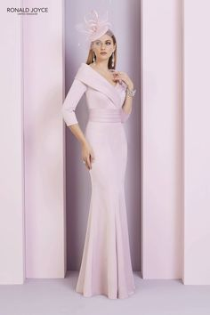 Mother of the Bride Dresses and Jackets For Winter 2019  4f69bd82b6f