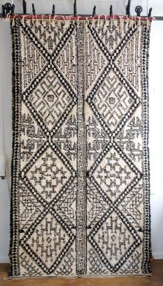 Vintage Moroccan Beni Ouarain tribal carpet from Red Thread Souk.  Absolutely mind blowing pattern.