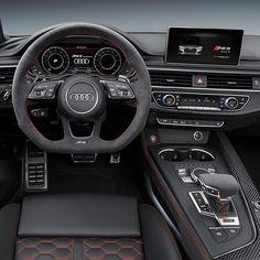 Audi RS 5 Coupé 2018 Gran Turismo da grife RS foi lançado no Salão de Genebra e oferece motor 2.9 TFSI V6 biturbo com 450 cv de potência e torque máximo de 600 Nm. O modelo de topo da família A5 acelera de 0 a 100 km/h em 39 segundos. E com o pacote opcional RS dynamics chega a uma velocidade máxima de 280 km/h. O motor é acoplado com transmissão tiptronic de oito velocidades com ajuste esportivo para o sistema de tração permanente quattro que distribui a força de forma assimétrica entre…