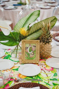 Planning a tropical or a coastal wedding? Pick pineapples for your wedding décor! Pineapples are super fun and creative and easy to incorporate into your wedding theme. Custom Wedding Invitations, Bridal Shower Invitations, Deco Floral, Wedding Decorations, Table Decorations, Tropical Party, Luau Party, Hawaii Wedding, Event Decor