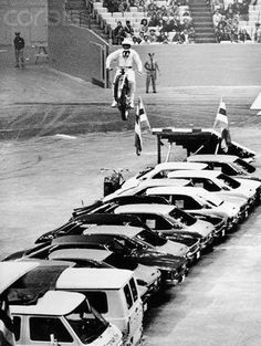March 23, 1972 Evil Knievel breaks 93 bones after successfully clearing 35 cars