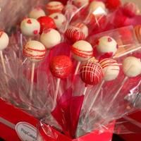 Valentine's Day gift bouquets made with cake pops by PopCakes of Canberra.