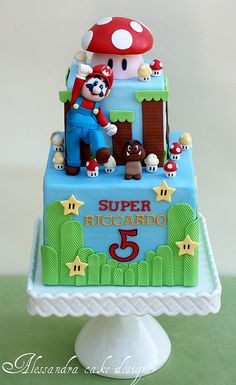 Videos Games Super hero Mario and Bros, 10 awesome Cake Character Design Decoration with Super Mario, birthday cakes and cupcakes super mario cake designs Super Mario Torte, Bolo Super Mario, Super Mario Birthday, Fondant Cakes, Cupcake Cakes, Mario Bros Cake, Character Cakes, Just Cakes, Love Cake