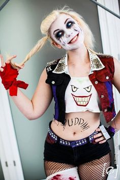 In Stitches cosplay was the beautiful face behind punk Harley Quinn and she was… Dc Cosplay, Joker Cosplay, Cosplay Outfits, Best Cosplay, Cosplay Girls, Cosplay Costumes, Harley Quinn Halloween, Harley Quinn Cosplay, Joker And Harley Quinn