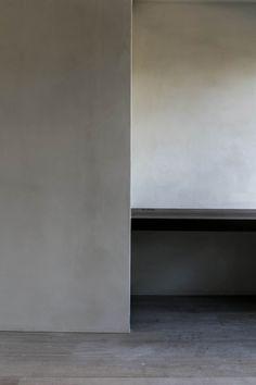Design: Benoit Viaene Minimalist Architecture, Space Architecture, Minimalist Interior, Modern Interior Design, Interior Design Inspiration, Minimalist Design, Architecture Details, Beautiful Houses Interior, Beautiful Homes