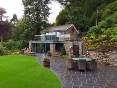 house-at-grasmere-view-of-gym-and-bar-in-garden_640x480.jpg 640×480 pixels