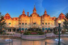 DLP Feb 2009 - Disneyland Hotel as the sun rises | Flickr - Photo Sharing!