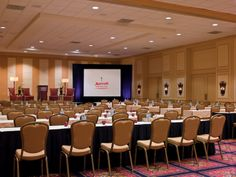 Shown here is a school-room style set-up, perfect for a business meeting or conference workshop. #frenchquarter #neworleans #downtown #meeting #convention