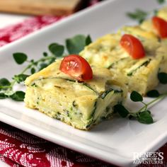 Summer Vegetable Recipes, Easy Zucchini Recipes, Zucchini Bites, Zucchini Cheese, Bisquick Recipes, Amish Recipes, Healthy Appetizers, Healthy Snacks, Zucchini Squares