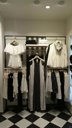 #AND#visual#merchandising# #mg#road#kerala#white#with #black