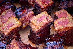 KrustenHappen - eine Mischung aus Krustenbraten vom Schweinebauch und Pork Belly Burnt Ends - Küstenglut