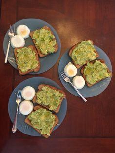 Quick Healthy Breakfast Ideas & Recipe for Busy Mornings Quick Healthy Breakfast, Health Breakfast, Healthy Meal Prep, Breakfast Bowls, Healthy Snacks, Healthy Eating, Healthy Recipes, Breakfast Ideas, Avocado Breakfast