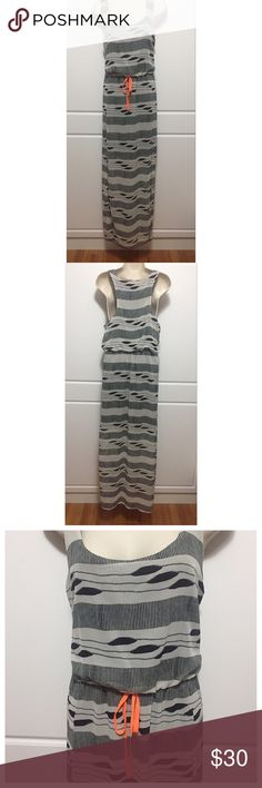 """Bar III Black & Grey Maxi Dress NWT Tank style, sleeveless maxi dress. Blouson top with decorative neon orange bow tie in front. Scoop neckline and slits on both sides. Measurements: bust 19"""", across shoulders 13.5"""", waist 15"""", length 59"""". Size is Large, but it fits a little tight in the bust for a woman's L. Fits more like a Large in Juniors or a Woman's Medium. Bar III Dresses Maxi"""