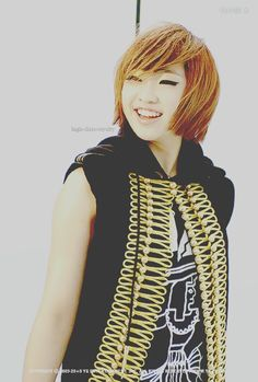 Minzy #2NE1 #Kpop Come visit kpopcity.net for the largest discount fashion store in the world!!