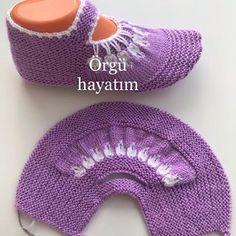 Easy Knitting Patterns, Free Knitting, Baby Knitting, Box Braids Sizes, Small Box Braids, Bed Socks, Braids With Curls, Baby Boots, Garter Stitch