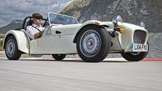 BBC - Autos - Caterham Bad or brilliant? Caterham Cars, Caterham Super 7, Lotus Sports Car, New Sports Cars, Sport Cars, Ford Focus Wagon, Ford Focus Sedan, Volvo Suv, Cars Motorcycles