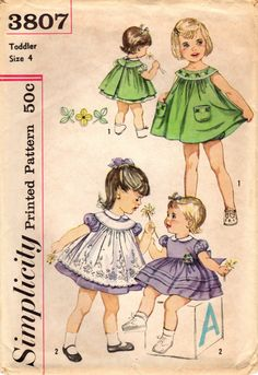 1960s Simplicity 3807 Vintage Sewing Pattern by midvalecottage