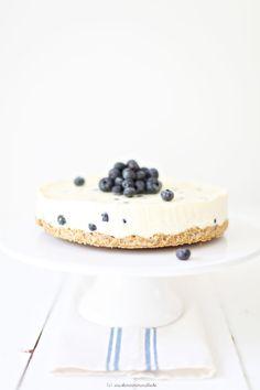 Blaubeer Käsekuchen mit weißer Schokolade (ohne Backen!)