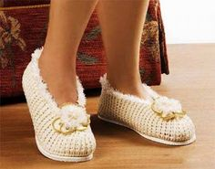 Tina's handicraft : KNIT SLIPPERS ON THE INSOLE