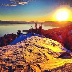 Another gorgeous sunset in Lake Tahoe. Great Places, Places To See, Reno Tahoe, Lake Tahoe, Beautiful Sunset, Natural Wonders, Best Hotels, Beautiful Landscapes, West Coast