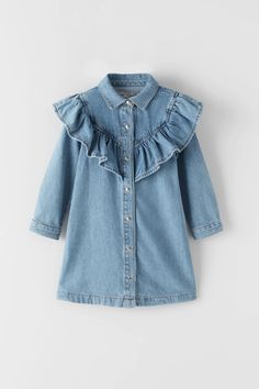 Meisjes jurken en jumpsuits | ZARA Nederland Zara Jumpsuit, Jumpsuit Dress, Romper, Floral Shirt Dress, Denim Shirt Dress, Dresses Kids Girl, Kids Outfits Girls, Zara Kids, Toddler Denim Dress