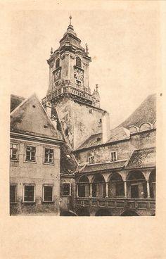 Dvor Mestského domu 1920 Bratislava Slovakia, Old City, Barcelona Cathedral, Louvre, Times, Travel, Viajes, Old Town, Destinations