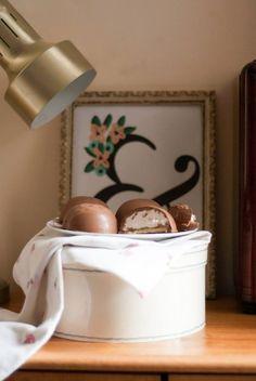 Chocolate teacake recipe on little paper swans.