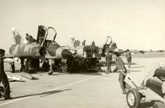 During the Cassinga strike, as the landing Mirage IIICZ aircraft taxied back… South African Air Force, Close Air Support, Defence Force, Korean War, Air Show, African History, Armed Forces, Fighter Jets, Aviation