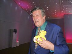 The Wonderful Stephen Fry supports the Paul Strank Roofing Photothon with Pudsey! #pudsey #cin #pudseyphothon