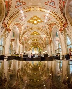 Tour The Guardian Building — Take a Saturday and tour the Guardian Building with your boo free of charge. Enjoy the beauty of both The Guardian's 1920s architecture and design as well as the artwork within the building. Pure Detroit offers tours guided by historic preservationist and urban planner Michael Boettcher. Photography is welcome.