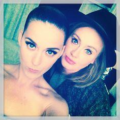 """Pin for Later: """"Sag' Cheese!"""" Die besten Selfies der Stars Katy Perry und Adele Source: Instagram katyperry"""