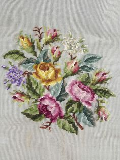 Vintage Paragon Needlepoint Tapestry B7241 preworked roses wildflowers 23X23 #Paragon