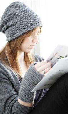 Ihana pipo + kämmekkäät, tällaiset on pakko joskus tehdä. Knitted Hats, Crochet Hats, Crochet Carpet, Arts And Crafts, Diy Crafts, Diy Crochet, Crochet Things, Crochet Clothes, Winter Hats