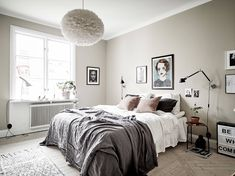 Home Decor Bedroom Bright home with lots of details - via Coco Lapine Design.Home Decor Bedroom Bright home with lots of details - via Coco Lapine Design Stylish Bedroom, Cozy Bedroom, Home Decor Bedroom, Bedroom Wall, Bedroom Modern, White Bedroom, Room Decor For Teen Girls, Discount Bedroom Furniture, Gravity Home