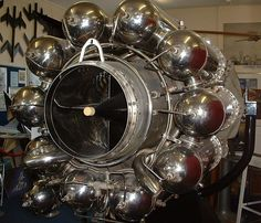 Whittle Jet Engine W2-700 - Jet engine - Wikipedia, the free encyclopedia
