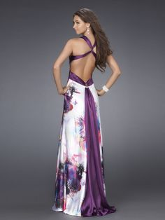 Beautiful backless dress with purple Elegant Outfit, Elegant Dresses, Pretty Dresses, Casual Dresses, Fashion Dresses, Formal Dresses, Evening Outfits, Evening Dresses, Prom Dresses