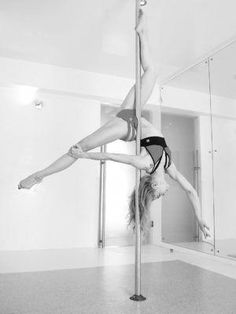 Art of Pole Dancing - Pole Dance Spin Moves, Pole Competitions, Free Pole Dancing Classes In Nyc Pole Dance Fitness, Pole Dance Moves, Figure Pole Dance, Pole Dance Sport, Pool Dance, Dance Poses, Pole Dancing, Barre Fitness, Fitness Exercises
