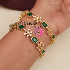 gold watches women indian with weight Jewelry Design Earrings, Gold Jewellery, Jewellery Designs, Gold Jewelry Simple, Stylish Jewelry, Indian Jewelry Sets, Gold Bangles Design, Bracelet Designs, Diamond Bangle