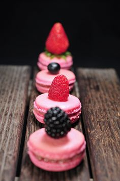 Macarons #macaroons LOVE!!!