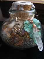 Faery Sight Herbal Blend  Ingredients:  Lavender, Jasmine, Rose buds with Amethyst, Citrine, and Quartz stones (I feel like there was more in the ingredients but I can't remember all of them.  -  From A Natural Witch- Grimoire of Life and Practice ✯