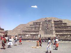 Pyramid of the Moon, Teotihuacan www.barbararachko.com