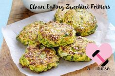 Zucchini Röstis with Parmesan WW. Discover the Weight Watchers recipe for Zucchini Röstis with Parmesan, simple and easy to prepare. Courgettes Weight Watchers, Plats Weight Watchers, Weight Watchers Meals, Vegetarian Dinners, Vegetarian Recipes, Cooking Recipes, Healthy Recipes, Cooking Tips, Healthy Foods