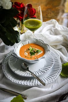 Vegan Curried Cauliflower Soup with Roasted Tomatoes. This is an easy recipe to make that is simply full of rich flavor. #vegansoups #eatingworks #soup #vegetablesoup